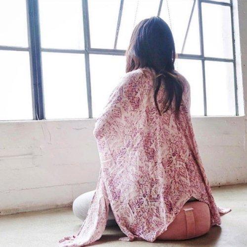Yoga shawl
