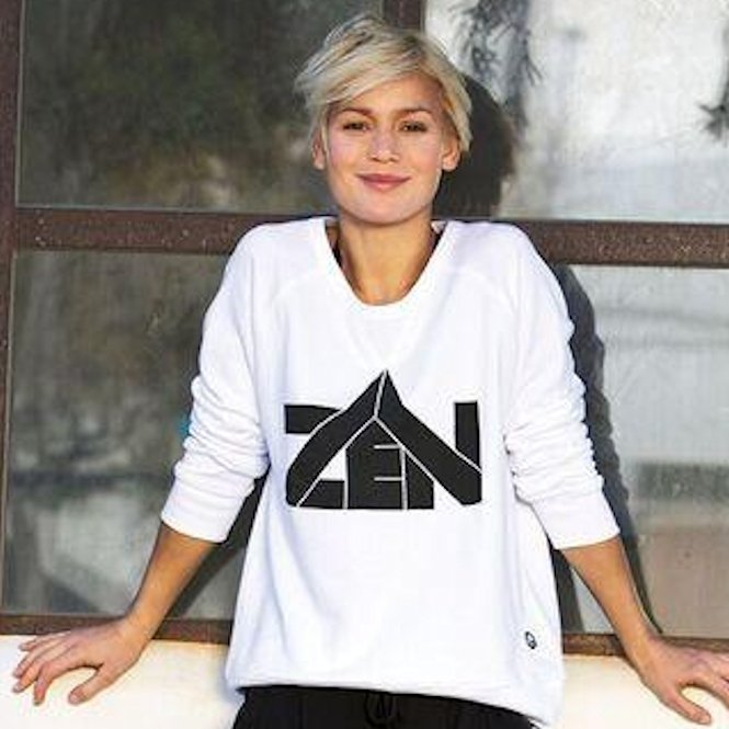 Yoga sweatshirts & longsleeves